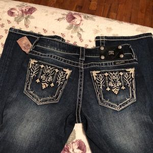 Miss Me Boot Cut Jeans Size:26
